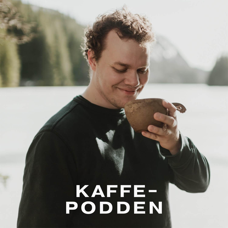 Cover til Kaffepodden. En podcast om kaffe og kaffefolk..